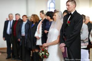 жених, невеста, свадьба, распятье, букет, бабочка, венок, фата, свадебное платье, фото, фотограф, свадебный фотограф, александр воропаев, одесса, недорого, церковь, кирха, венчание, хипстеры, wedding, just married, foto, pic, photo, pictures