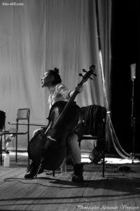 Dakh Daughters Band, фрик, кабаре, дах дотерс, дах дотерз, одесса, украина, концерт, выступление, шоу, фото, фотографии с концерта, поем, играет, играют, гитара, на гитаре, бакстейдж, бак стейдж, фоторепортаж с концерта, фоторепортаж, фото музыкантов, концертное фото, фотограф, александр воропаев, концертный фотограф, pic, pictures, foto, photo, photography, photographer, music, musiciant, musiciants, acoustic, odessa, ukraine, україна, одеса, фото з концерту, backstage, report, photo report, reportage, concert, concert photo, concert photographer, концертный фотограф, фото с концерта, музыканты, фото музыкантов,