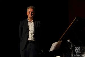 Jan Gunnar Hoff, одесса джаз фест, одесса джазфест, фото, одела джаз фест, одесаджазфест, музыкант возле рояля,