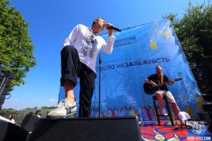 Святослав Вакарчук, Океан Ельзи, Флаг украины, потемкинская лестница, морвокзал, одесса, вишиванковий фестиваль, 2020