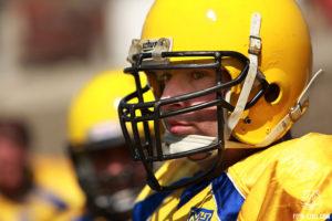 Американский футбол Украина Атланты Харьков против Пираты Одесса